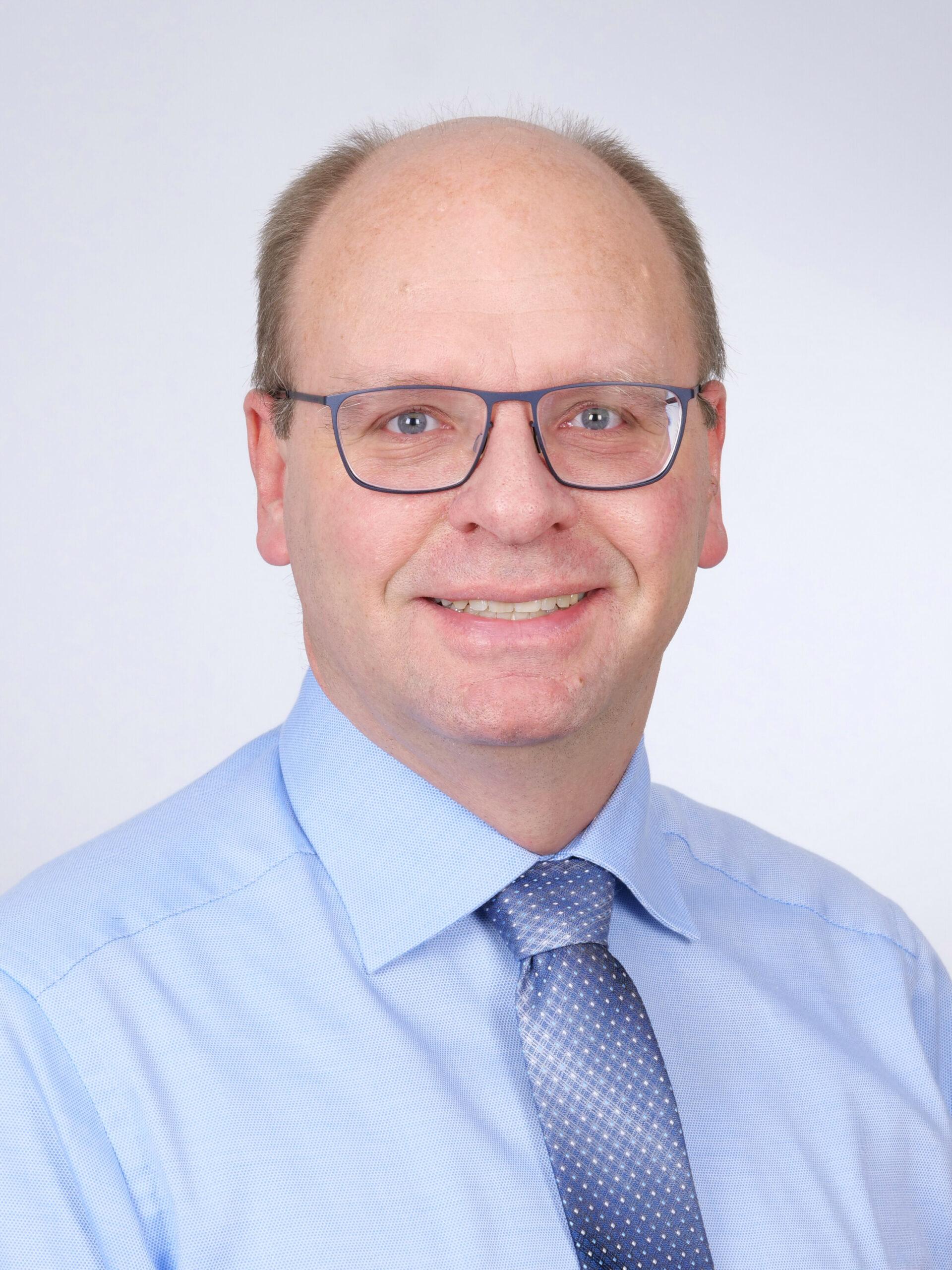 Dr. Stefan Hümpfner